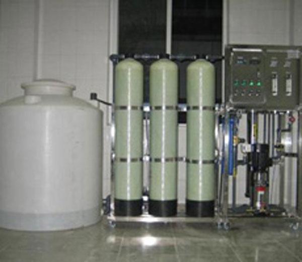 高纯水衬氟储罐设备